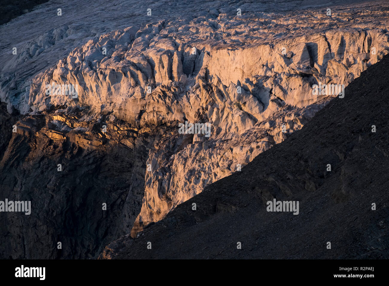 Icefall in the Teischnitzkees Glacier, evening light, High Tauern, East Tyrol, Austria - Stock Image