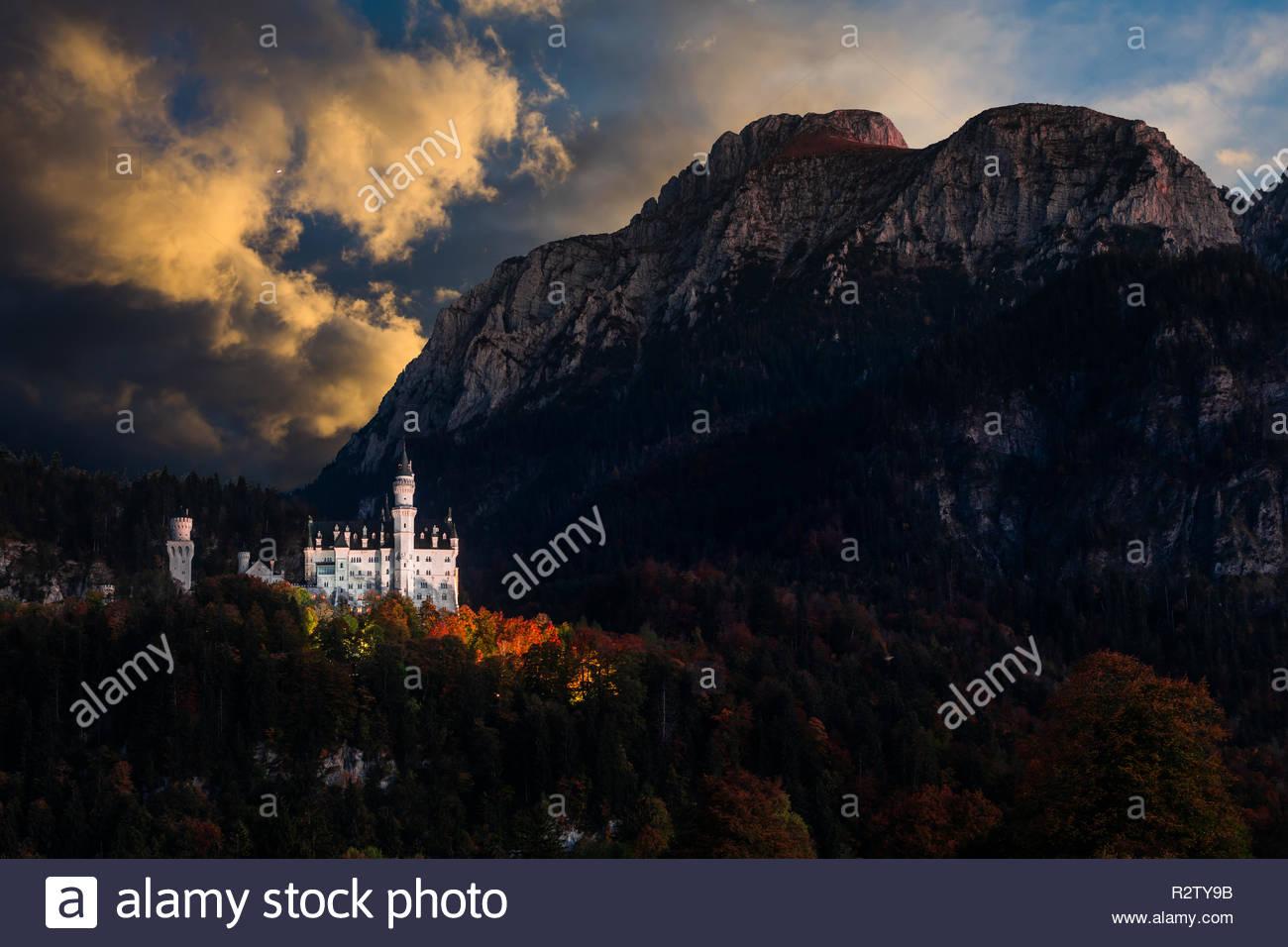 Amazing sunset view on Neuschwanstein. Bavaria, Germany. - Stock Image