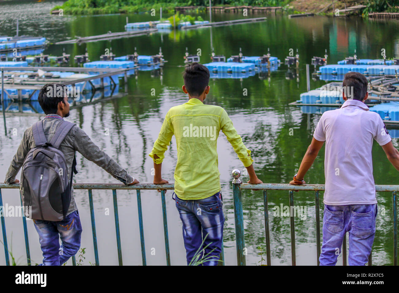 Unidentified Three Mid Teenager Adult People 20 24 Years Multi Ethnic Group Friends Standing And Enjoying Nature View On A Friendship Day Holiday Stock Photo Alamy