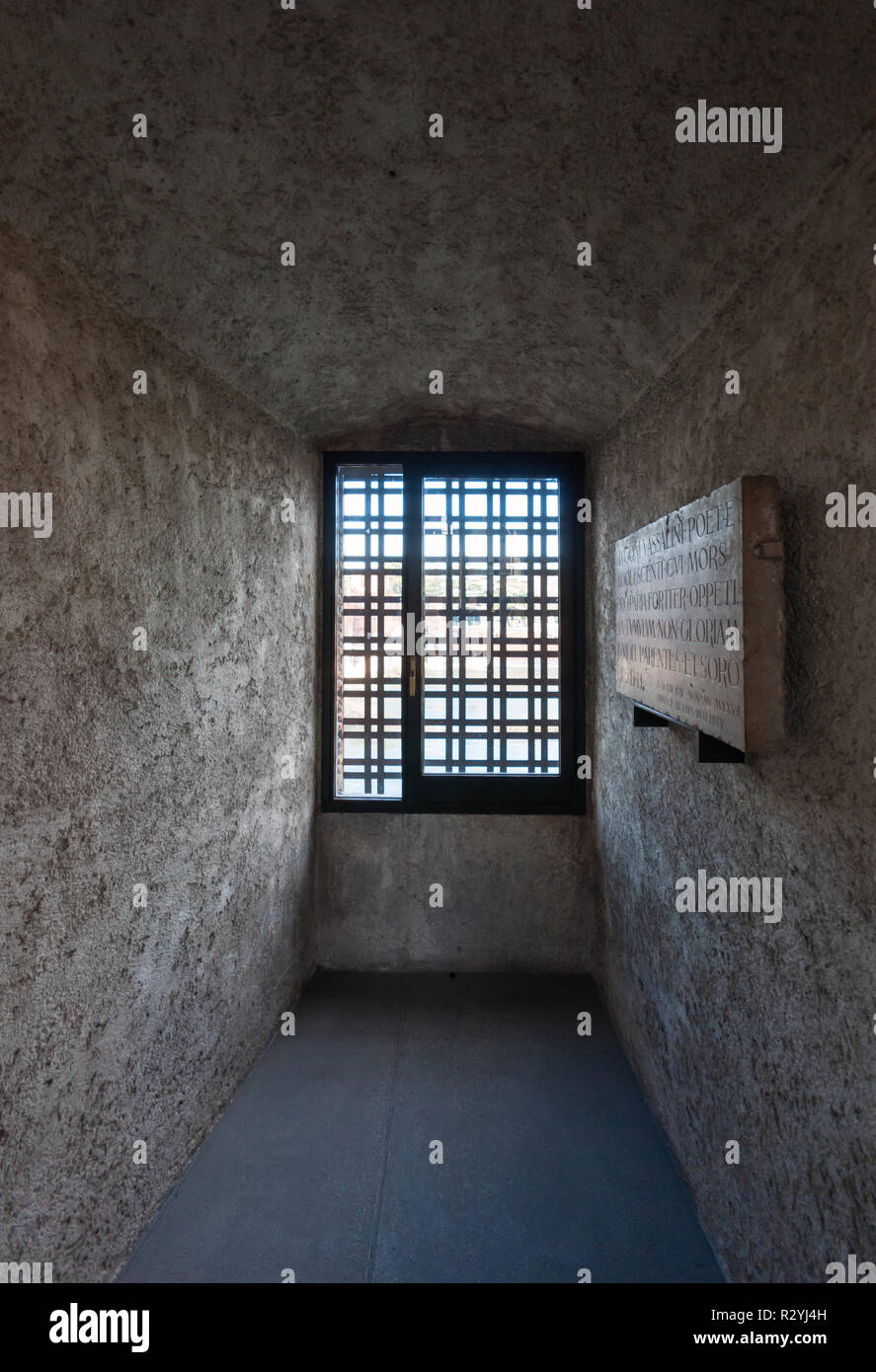 Museo Di Castelvecchio.The Museo Di Castelvecchio In Verona A Museum Of Art From The