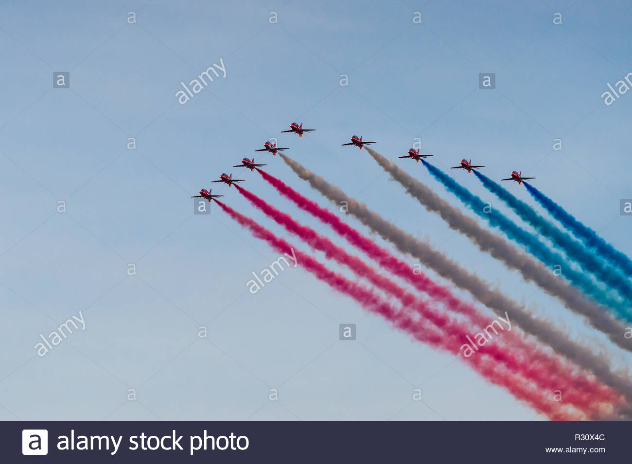 Red arrows doing flyby over Twickenham Stadium for Rugby World Cup Stock Photo