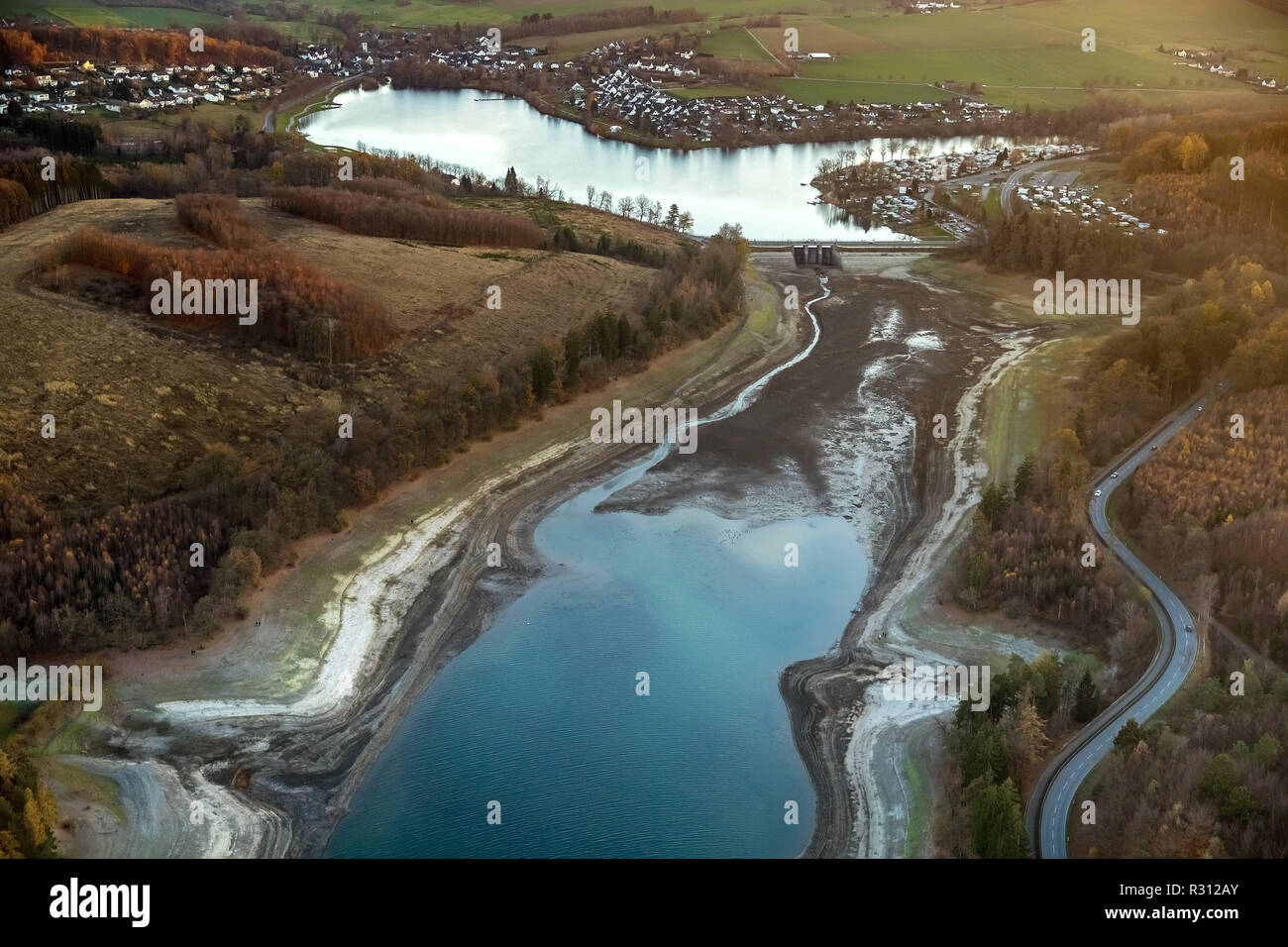 Aerial view, Sorpesee, low water level, low water, wide dry shore area, Sorpesee with forebay, Amecke, Bruchhausen, Sundern, Sauerland, North Rhine-We - Stock Image