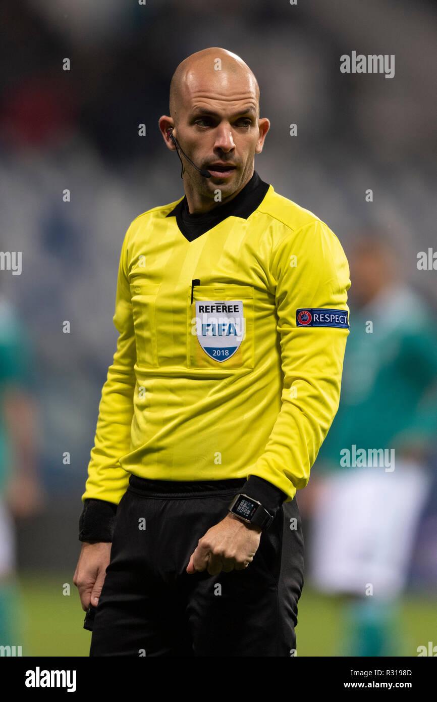 7cf46b3f01b0f5 Luis Godinho (Referee) during the Uefa