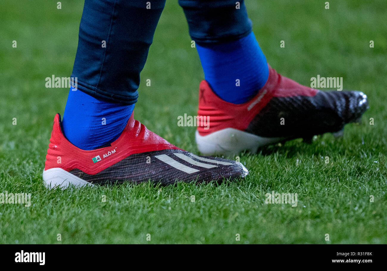 2018 shoes official images factory outlets Milton Keynes, UK. 20th Nov 2018. The Adidas X football ...