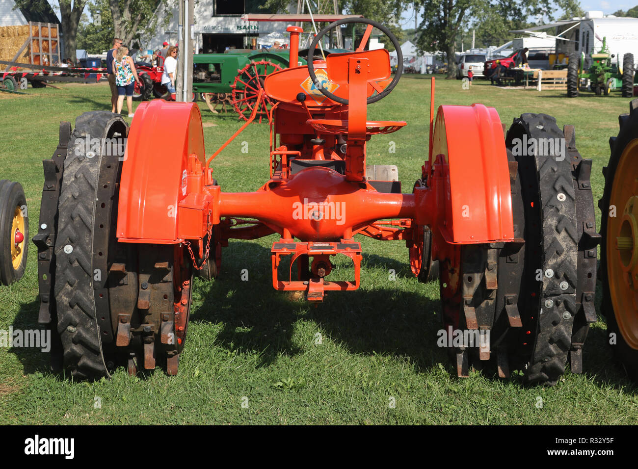 Vintage Allis Chalmers Tractor Stock Photos & Vintage Allis