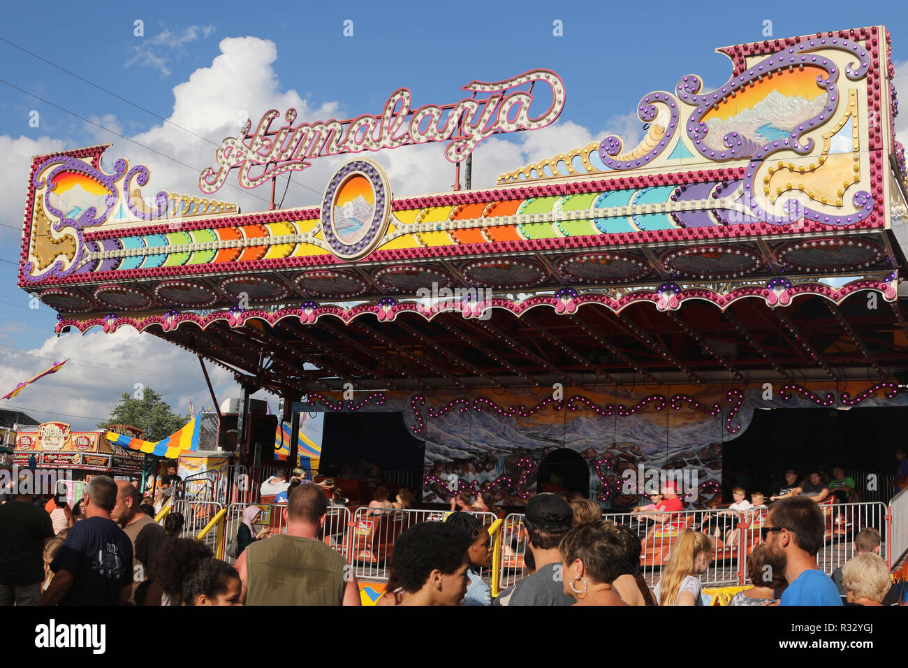 Canfield Swap Meet >> Himalaya Carnival Ride Crowd Of People In The Foreground