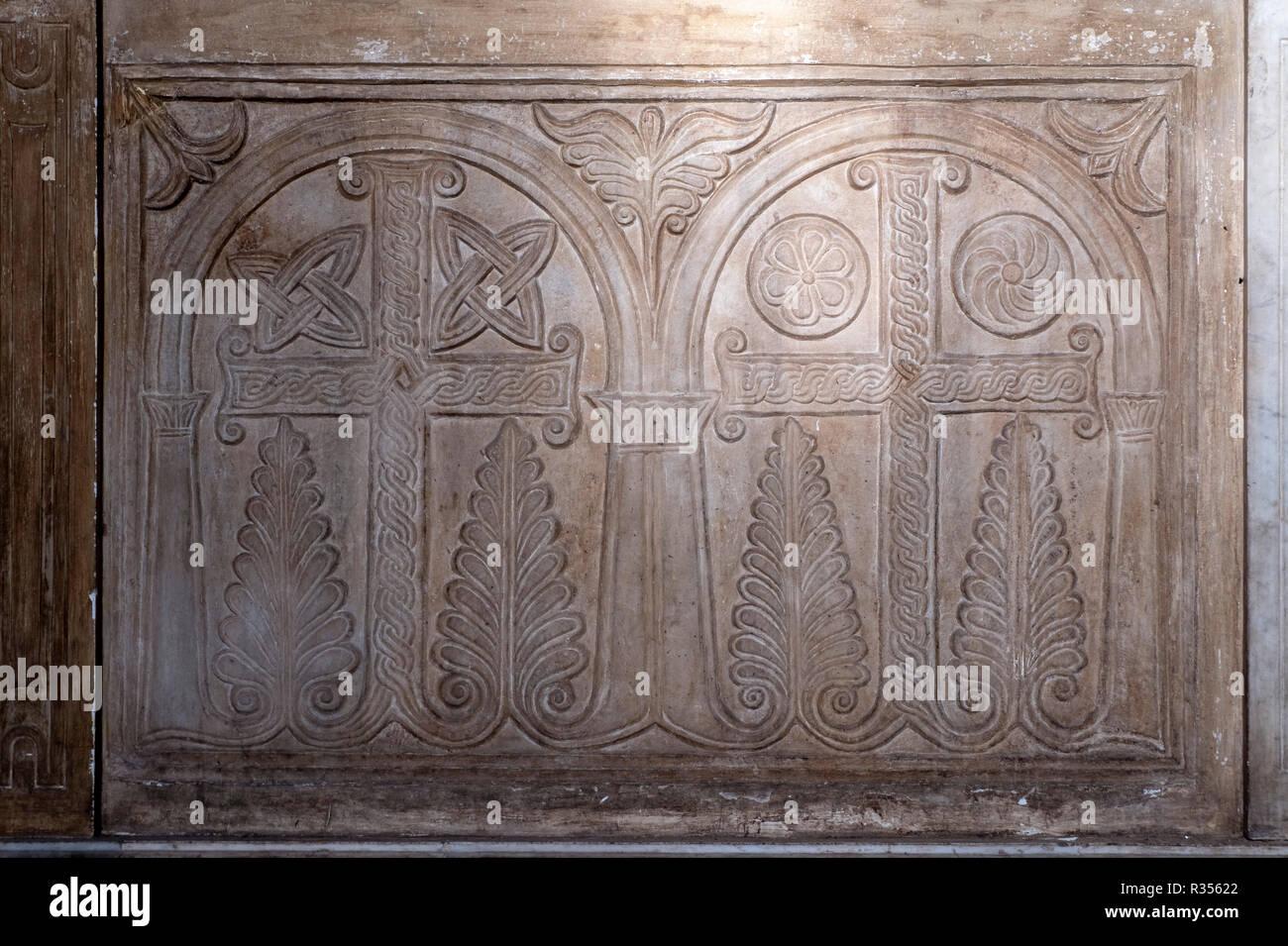 Rom, Roma, Santa Sabina, Chorschranke aus dem 8./9. Jahrhundert Stock Photo