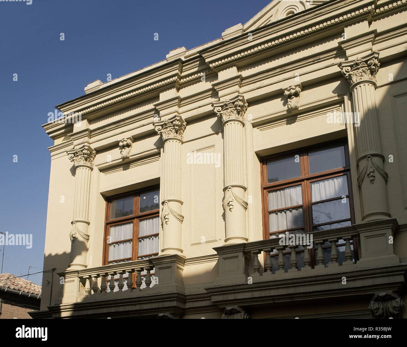 EXTERIOR-FACHADA-DET DE BALCONES-. Location: PALACIO MENDOZA (INST. Guadalajara. SPAIN. - Stock Image