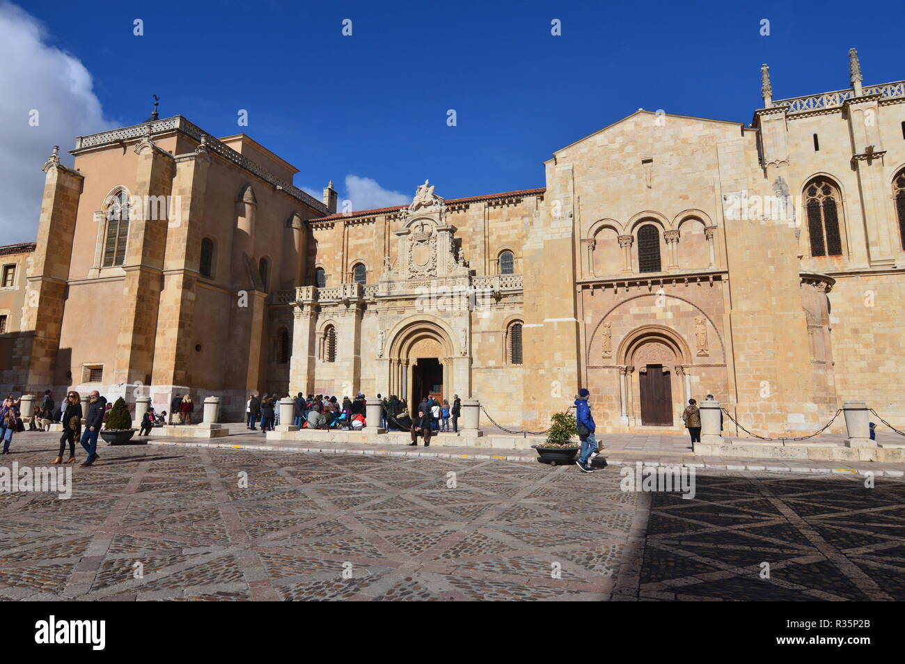 Main Facade Of The Basilica Of San Isidoro In Leon. Architecture, Travel, History, Street Photography. November 2, 2018. Leon Castilla y Leon Spain. Stock Photo