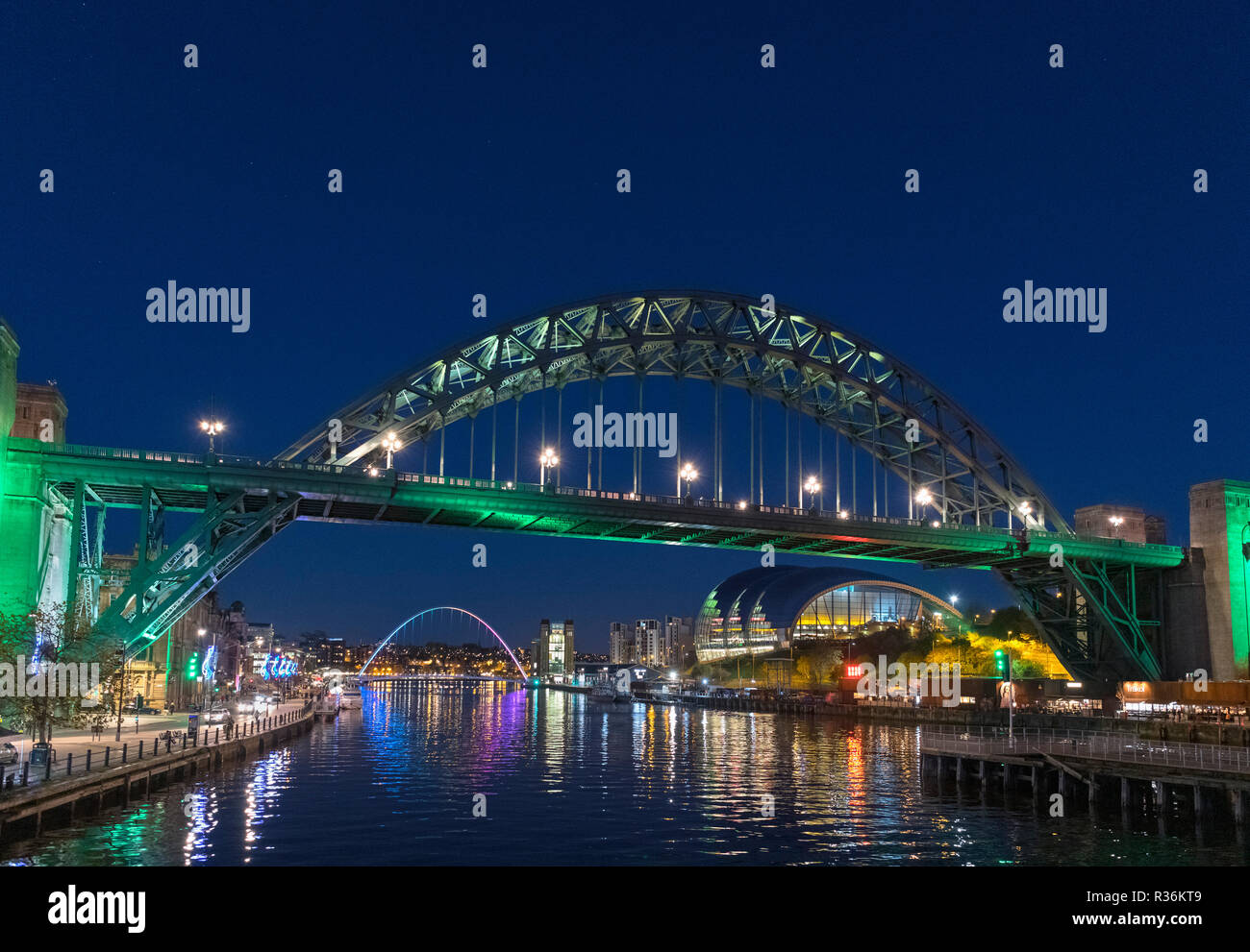 Newcastle bridges. View of the River Tyne and Tyne Bridge at night, Newcastle upon Tyne, England, UK - Stock Image