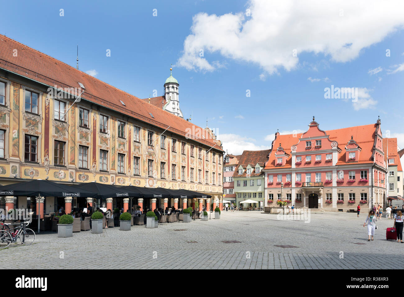 Steering house, administration building at the marketplace, House of the Grand Guild at the back, Memmingen, Swabia, Bavaria - Stock Image