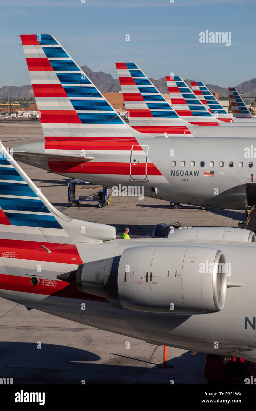 Phoenix, Arizona - American Airlines jet on the tarmac at Phoenix Sky Harbor International Airport. - Stock Image
