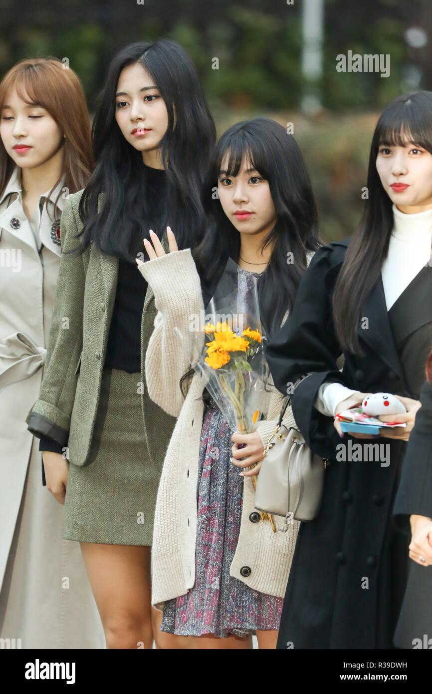Tzu-Yu, Chae-Young (TWICE), Nov 16, 2018 : K-pop girl group