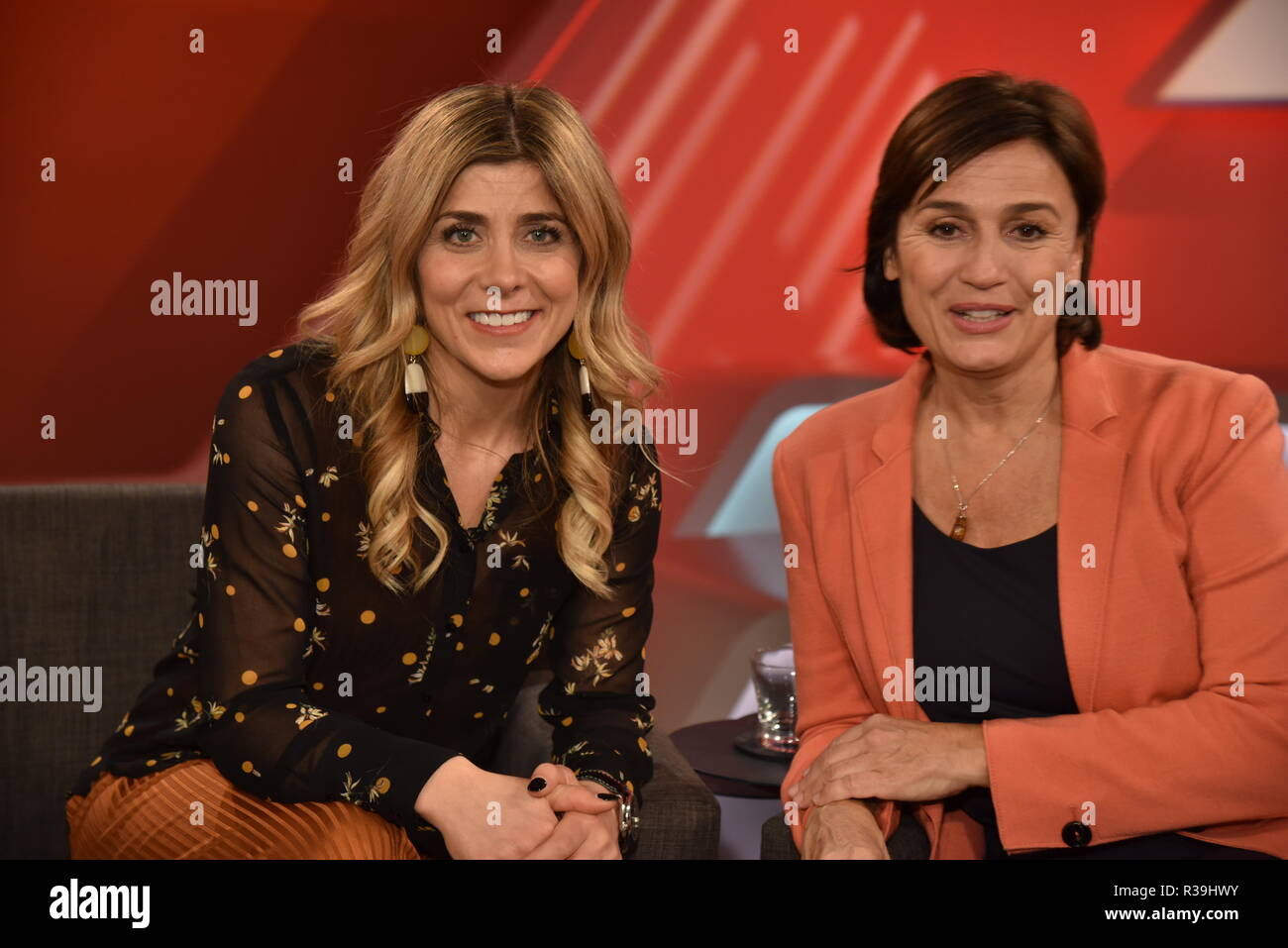 "21 November 2018, North Rhine-Westphalia, Köln: Moderator Panagiota Petridou, l-r, and Sandra Maischberger are guests on the ARD talk show ""Maischberger"". Photo: Horst Galuschka/dpa Stock Photo"