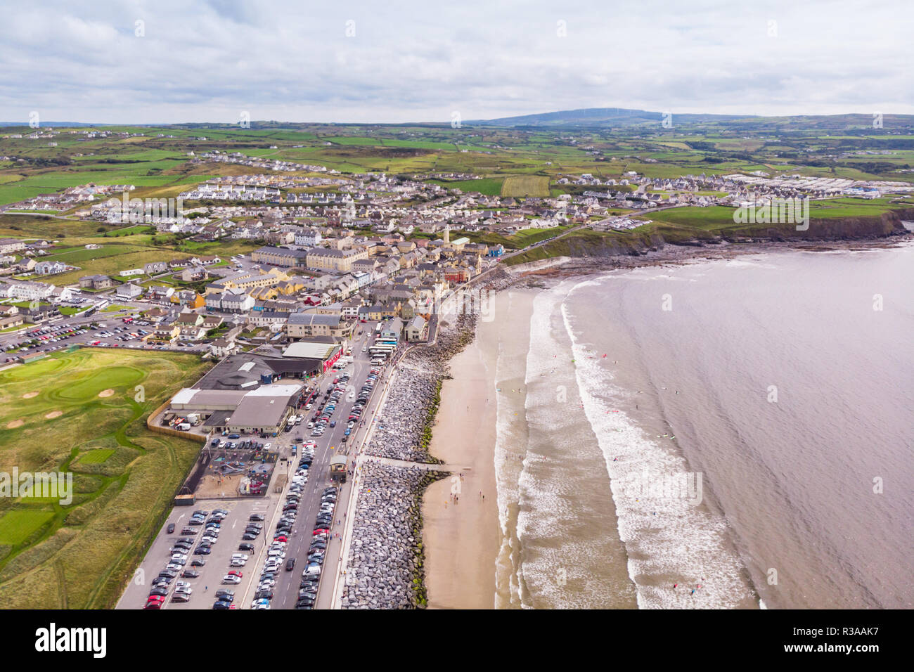 Lahinch or Lehinch is a small town on Liscannor Bay, on the northwest coast of County Clare, Ireland. The town is a seaside resort and has become a po - Stock Image