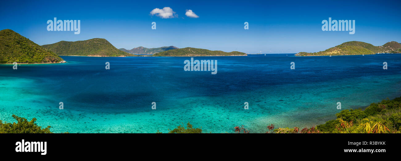 U.S. Virgin Islands, St. John. Leinster Bay, elevated bay view - Stock Image