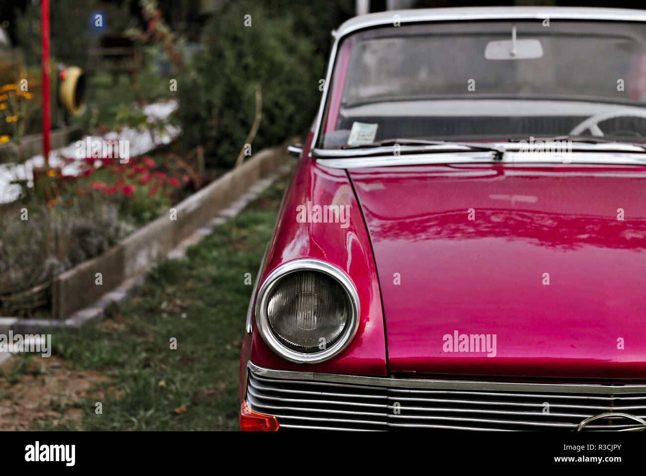 oldtimer in pink Stock Photo