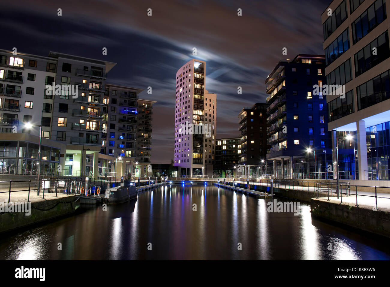 Clarence Dock in Leeds,West Yorkshire at night time. - Stock Image