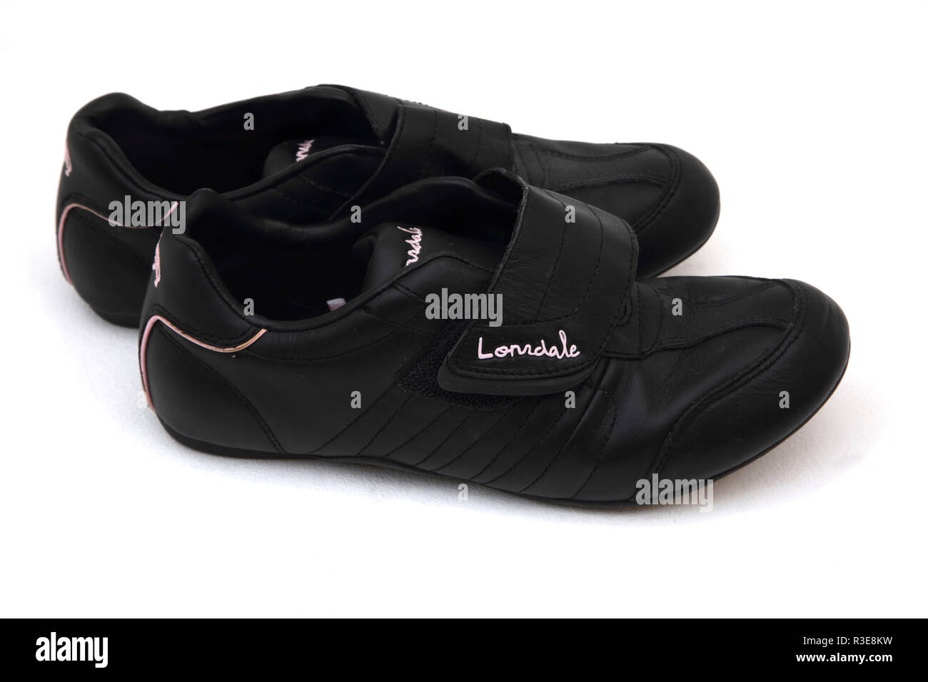 Black Leather Lonsdale trainers Stock