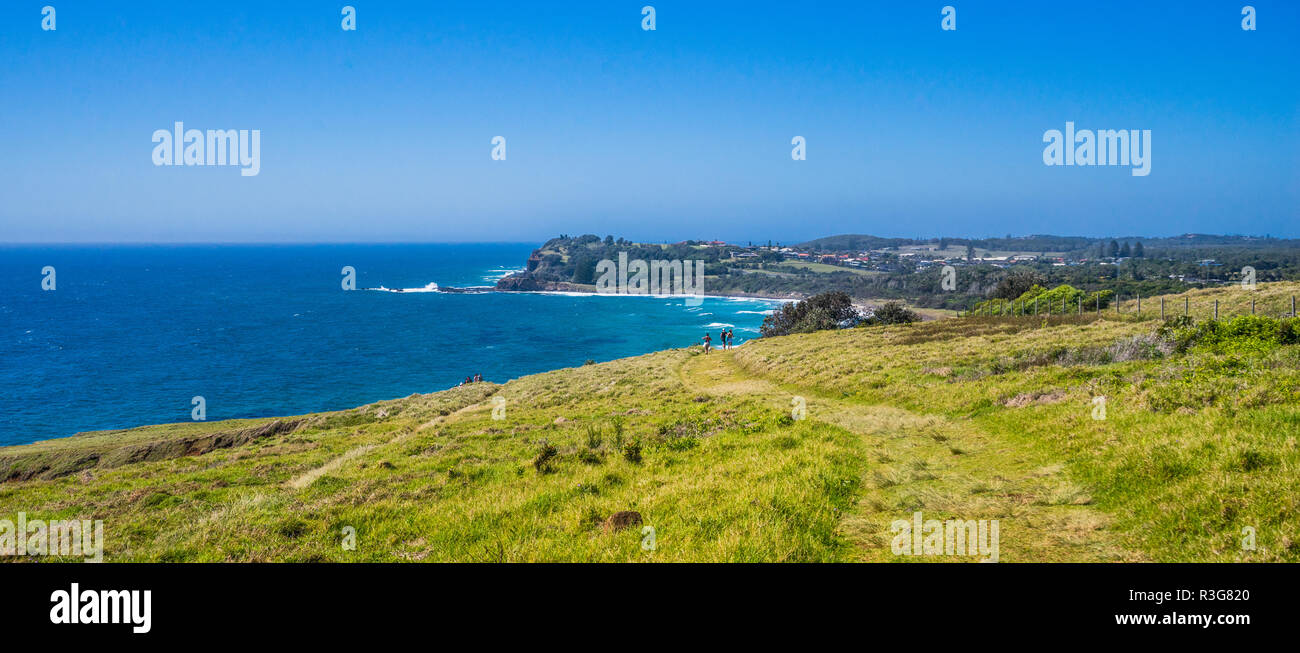 coast betwen Lennox Head and Balina with view of the Iron Peg headland, Northern Rivers region, New South Wales, Australia - Stock Image
