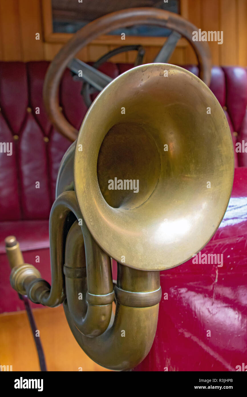 The horn on the old car. Veteran car with the classical klaxon, close up. - Stock Image