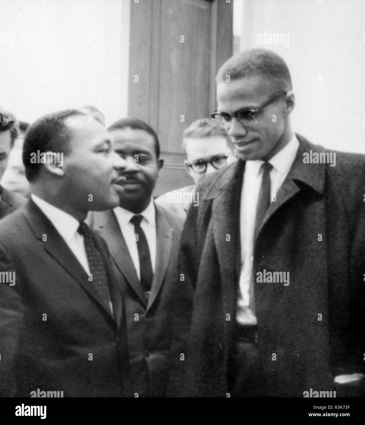 MARTIN LUTHER KING (1929-1968) American civil rights leader  at left with Malcolm X ion 26 March 1964. Photo: Library of Congress. - Stock Image