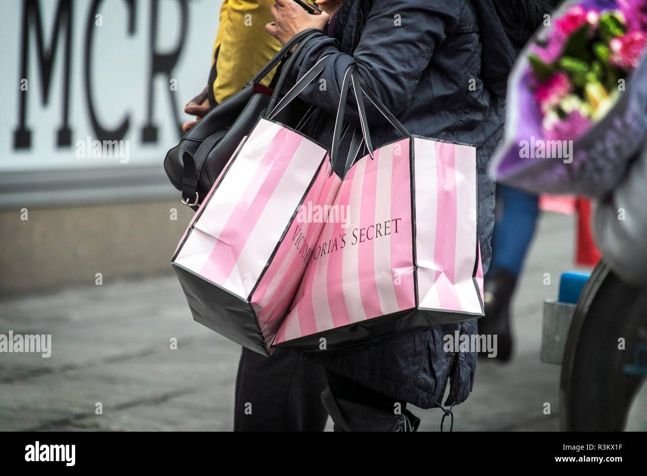 9372a1da5e9 Black Friday Sales. 23rd November 2018. woman shopper flock to VICTORIA S  SECRET stores to bag high street bargains on one of the biggest shopping  days of ...