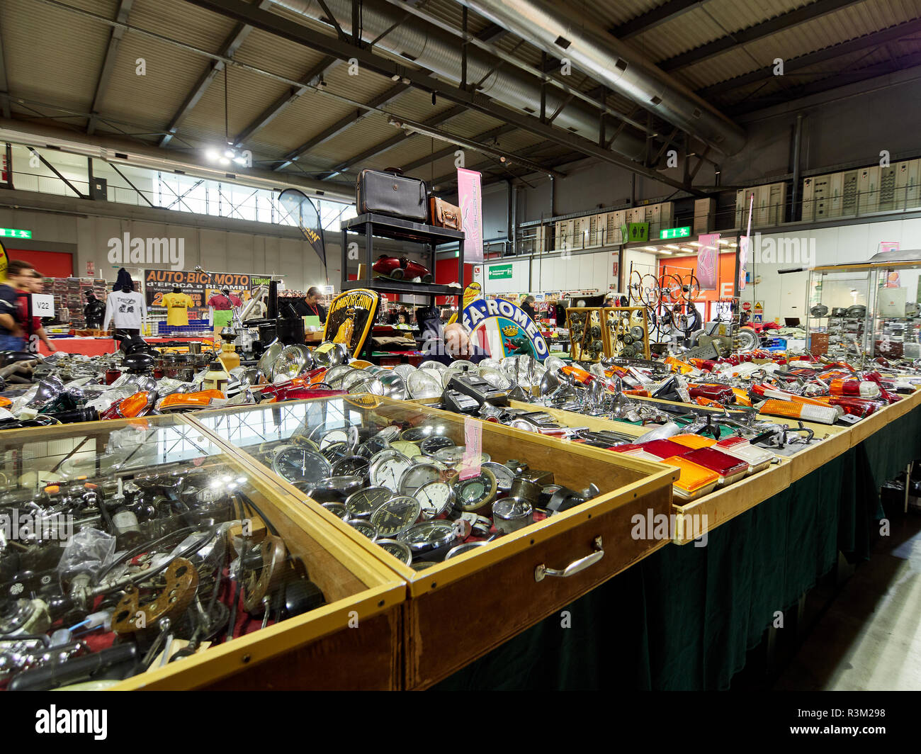Milan, Lombardy Italy - November 23 , 2018 - Stand selling classic cars spare parts at Autoclassica Milano 2018 edition at Fiera Milano Rho Credit: Armando Borges/Alamy Live News - Stock Image