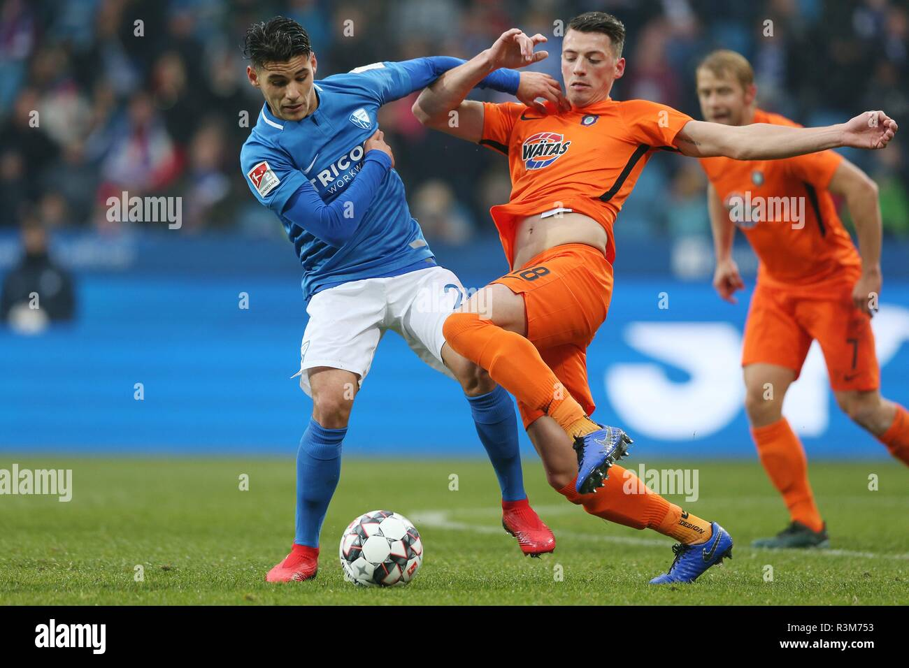 firo: 24.11.2018, football, 2.Bundesliga, season 2018/2019, VfL Bochum - Erzgebirge Aue SAGLAM, Bochum left versus RAPP | usage worldwide - Stock Image