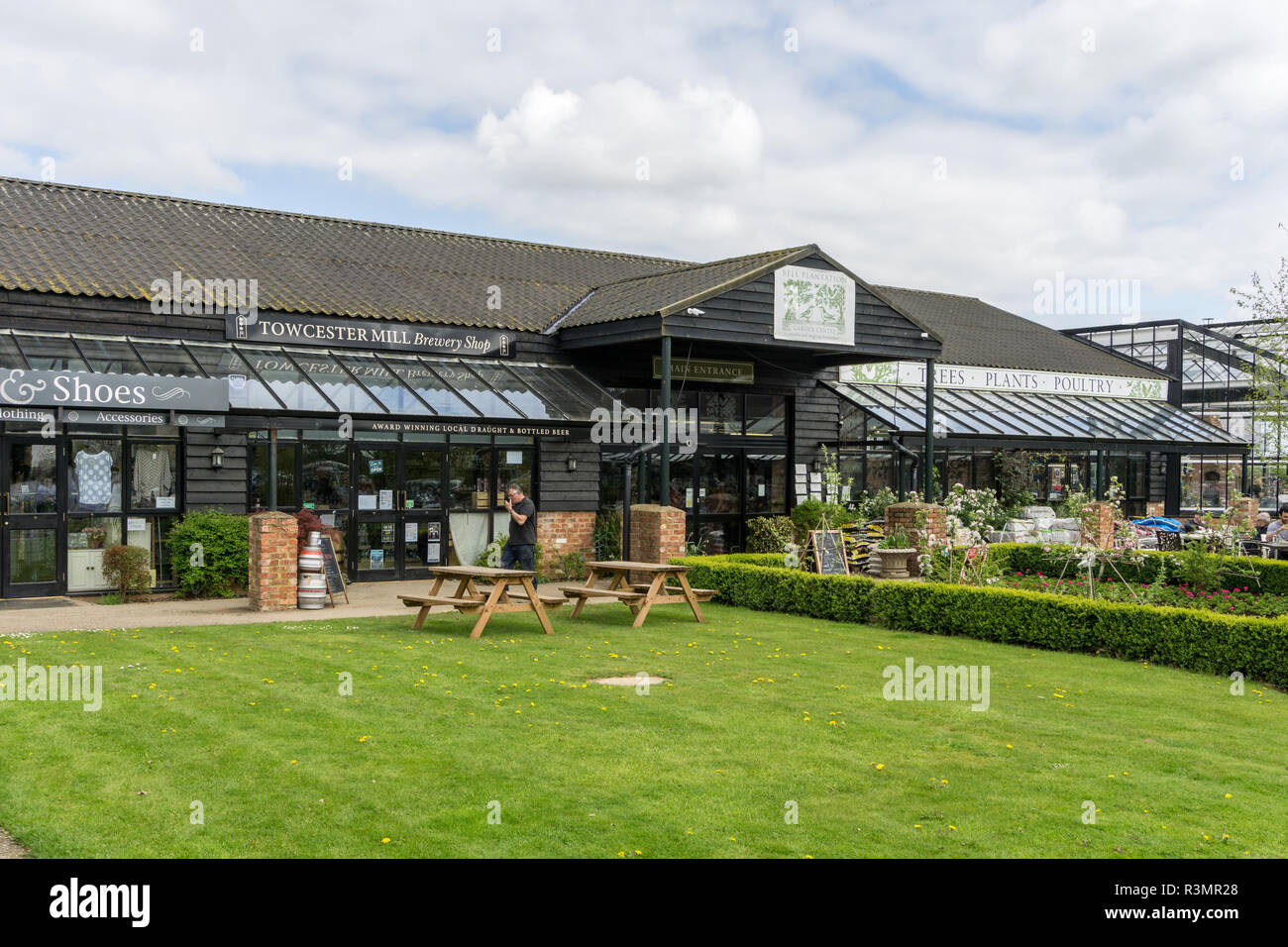 Bell Plantation, a small out of town retail village, comprising a large garden centre and a number of smaller outlets; Towcester, UK - Stock Image