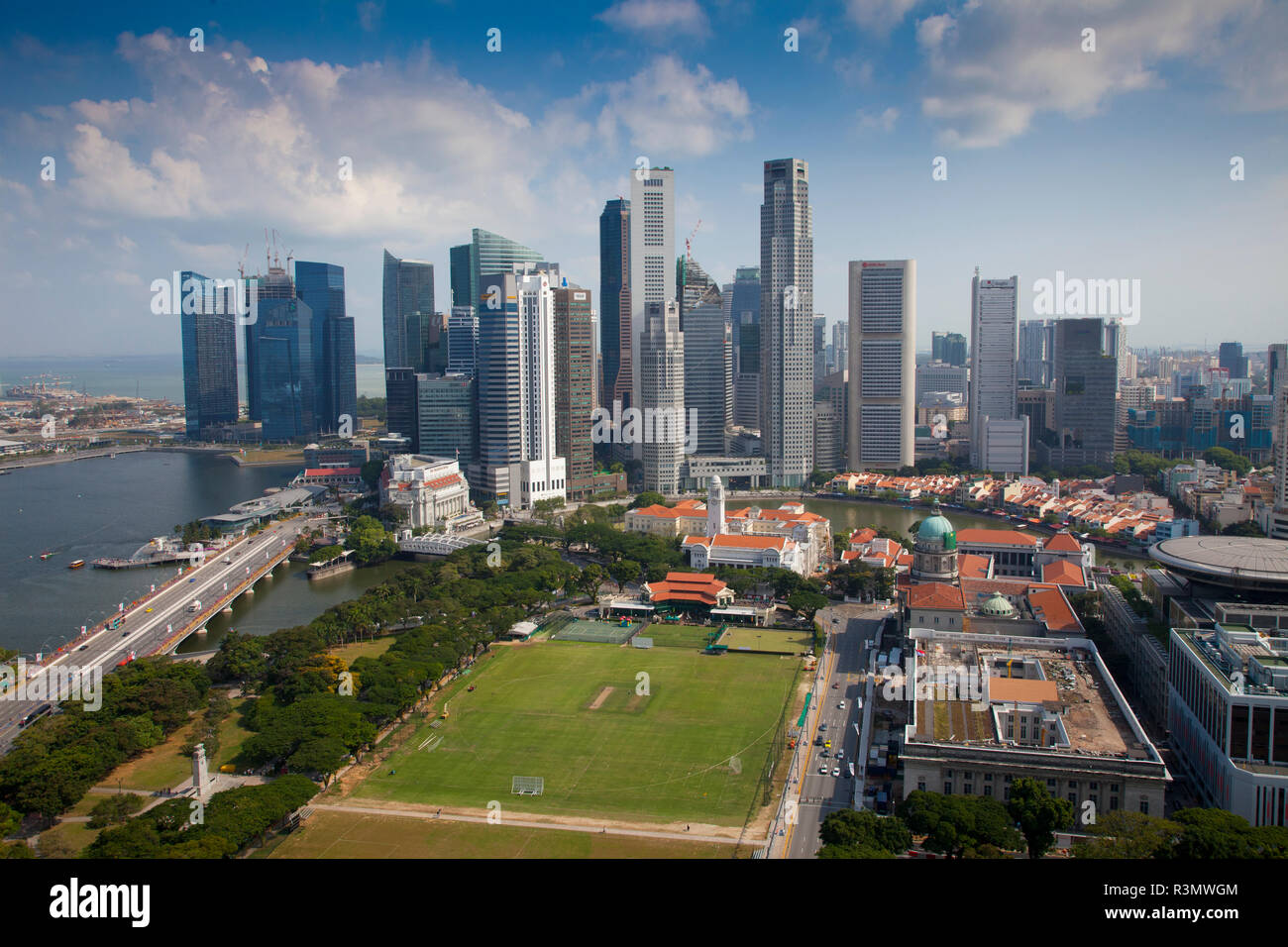 Singapore. Park and city overview. Credit as: Jim Zuckerman / Jaynes Gallery / DanitaDelimont.com - Stock Image