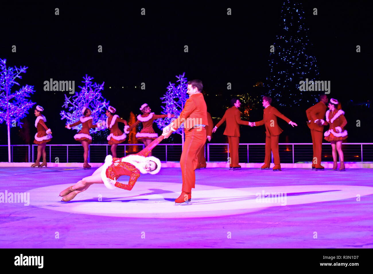 Christmas On Ice.Orlando Florida November 17 2018 Professional Figure