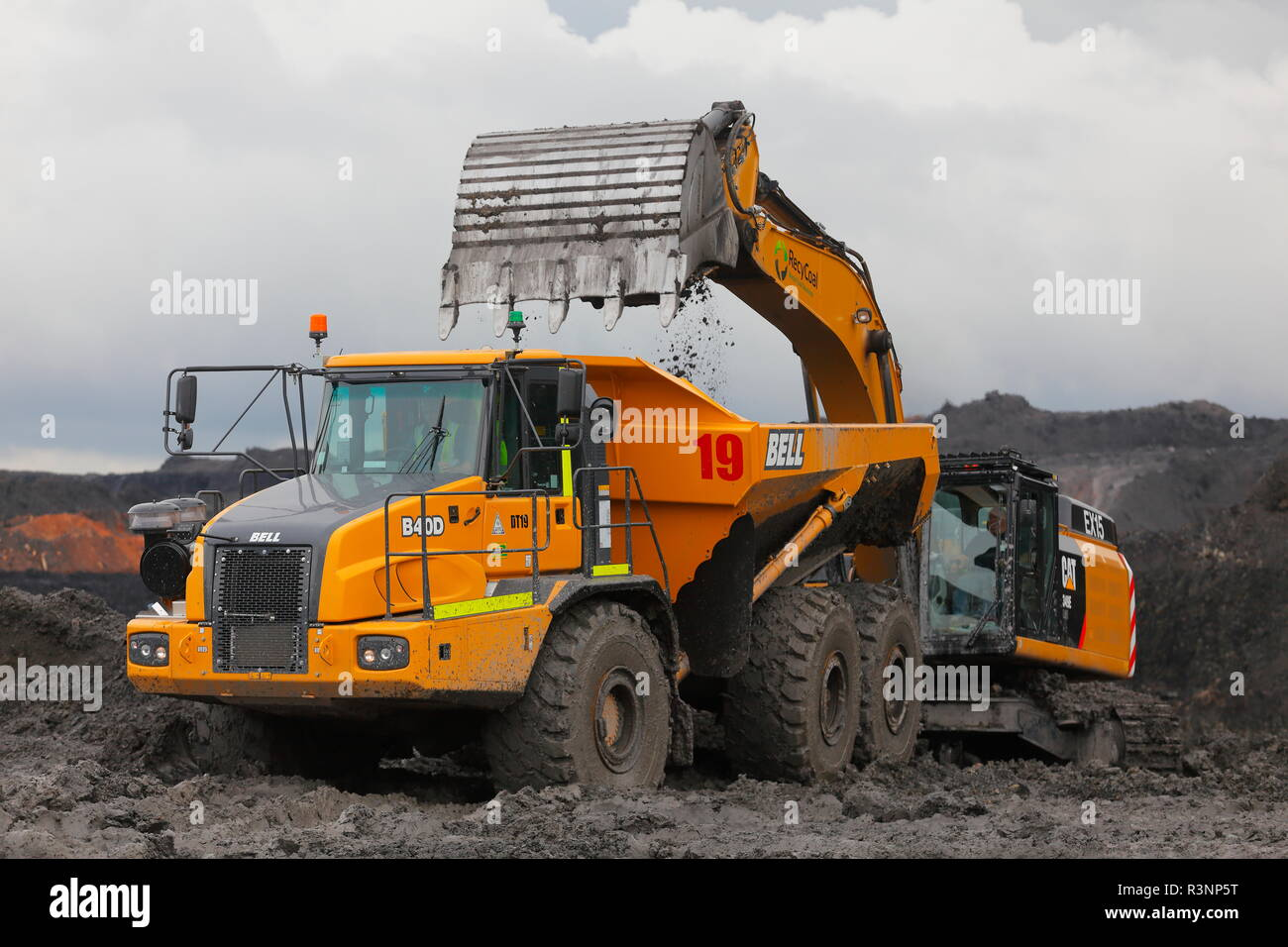 Bell Trucks Stock Photos & Bell Trucks Stock Images - Alamy