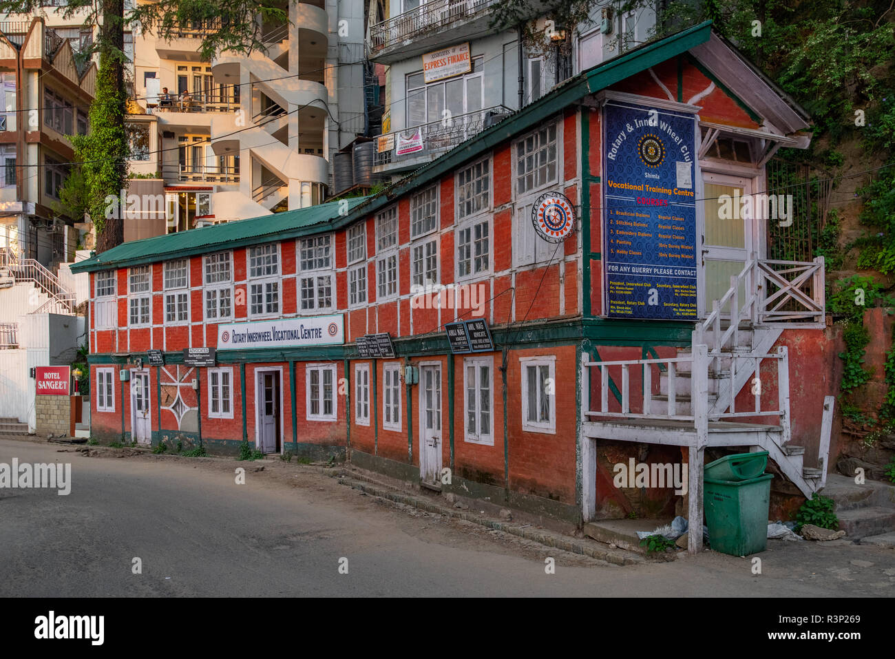 The slightly dilapidated but traditional building of the Rotary Club of Shimla: A historical Shimla Landmark on the Mall Road, Himachal Pradesh, India - Stock Image