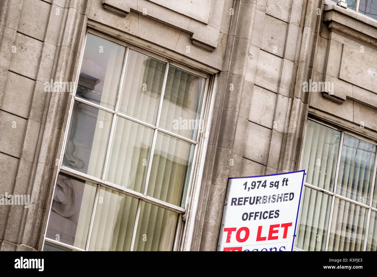 London England Great Britain United Kingdom City of London financial centre center Leadenhall Street office building exterior sign to let rent rental - Stock Image