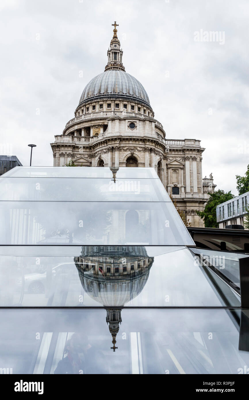 London England Great Britain United Kingdom City of London Ludgate Hill St Paul's Cathedral mother church Anglican religion historic Grade I listed do - Stock Image