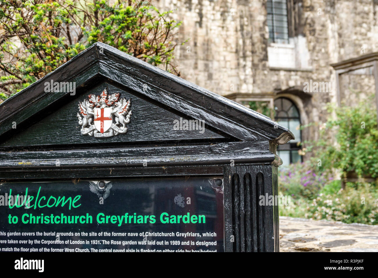 London England Great Britain United Kingdom City of London Christ Church Greyfriars ruins public garden welcome sign - Stock Image