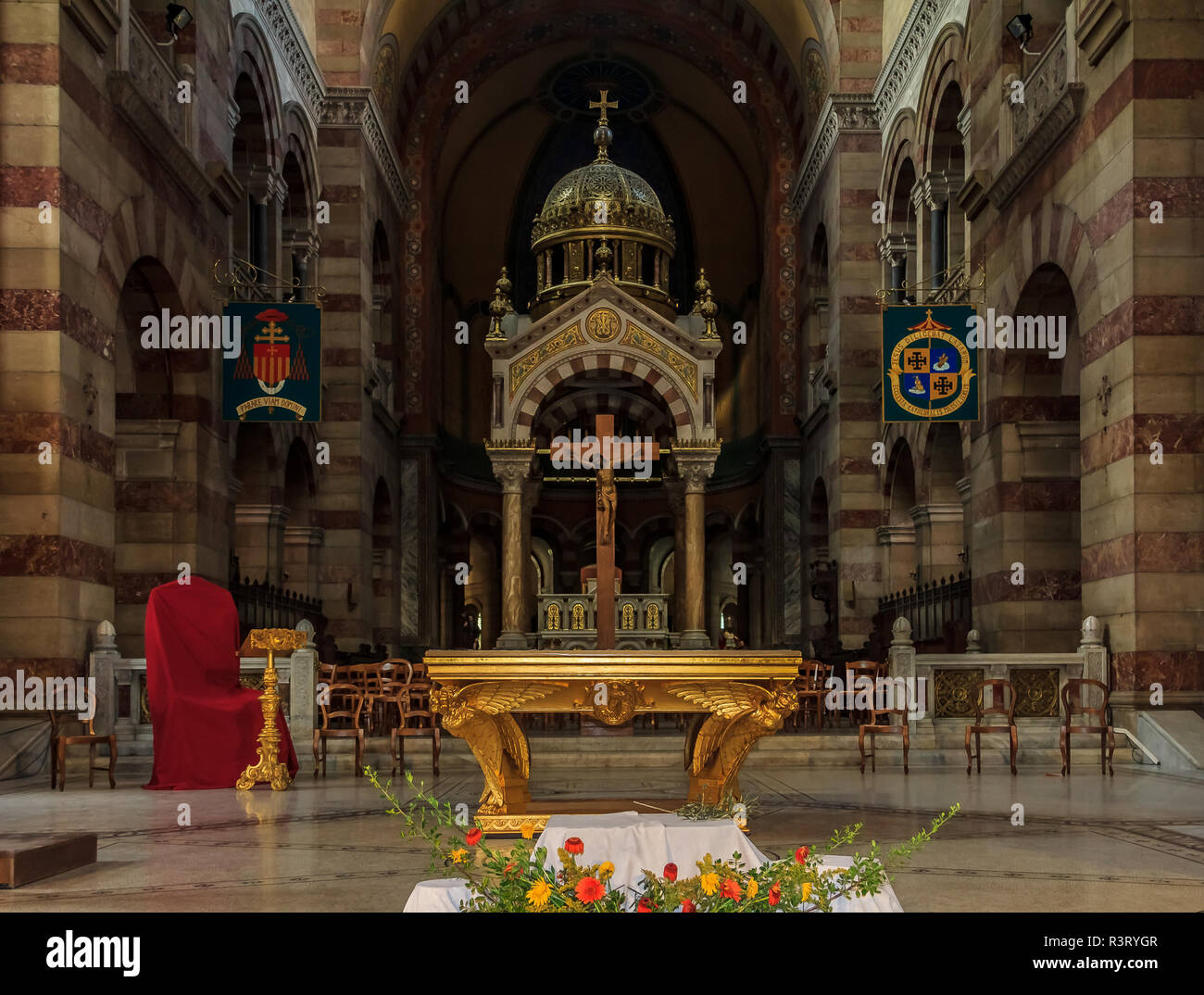 Guilded altar of the Cathedrale La Major or Marseille Cathedral, a Roman Catholic cathedra in Marseille, France - Stock Image