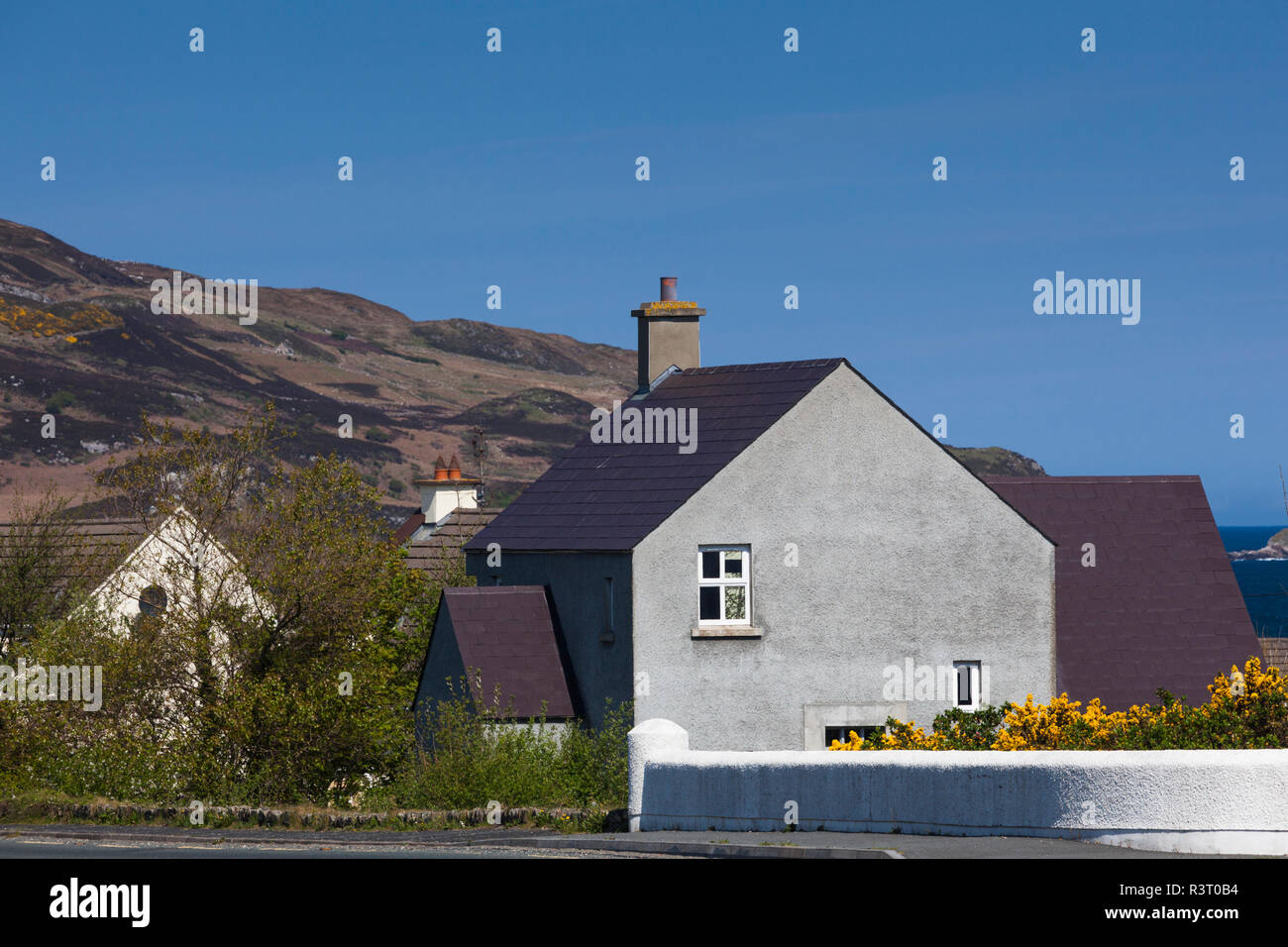 Ireland, County Donegal, Dunfanaghy, town view - Stock Image