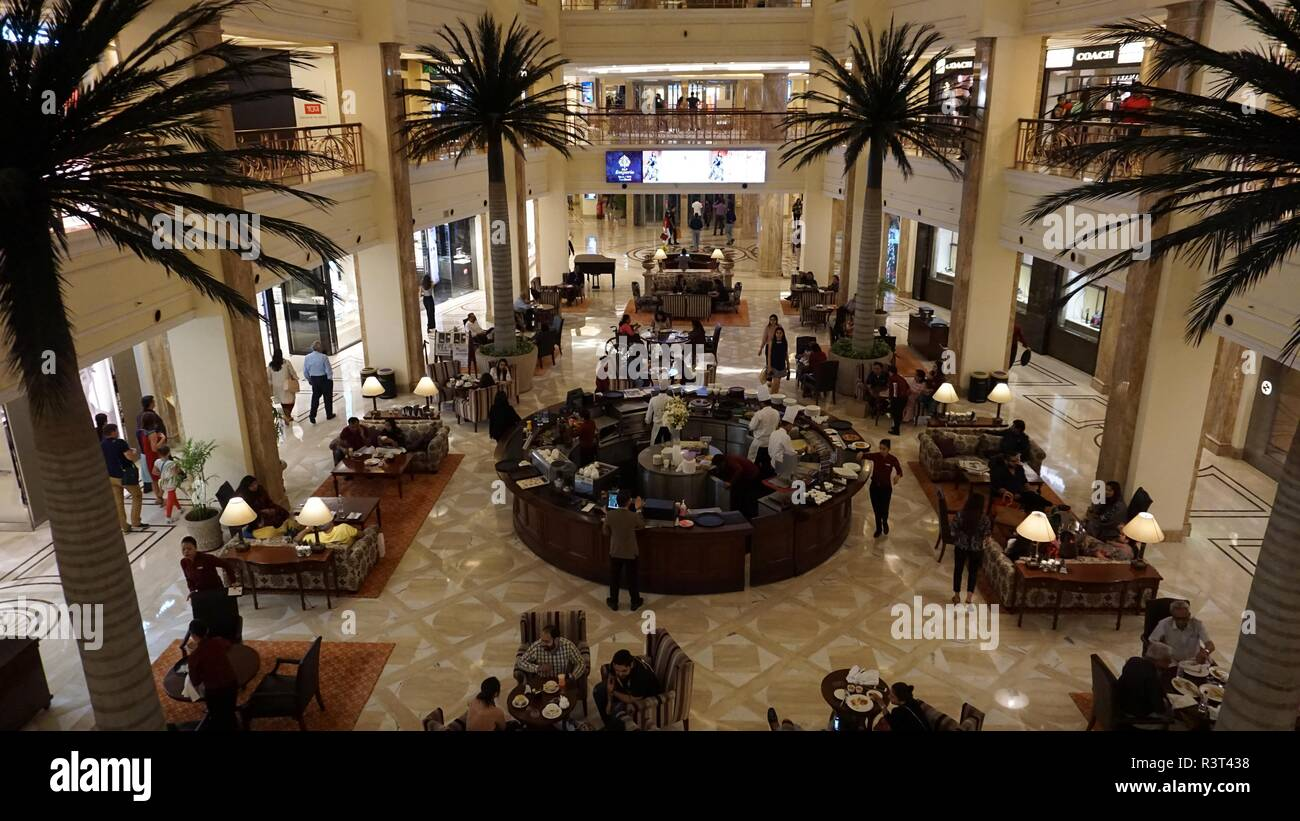 DLF Emporio, an upscale shopping mall with food court located in the Vasant Kunj area of South Delhi, India. - Stock Image