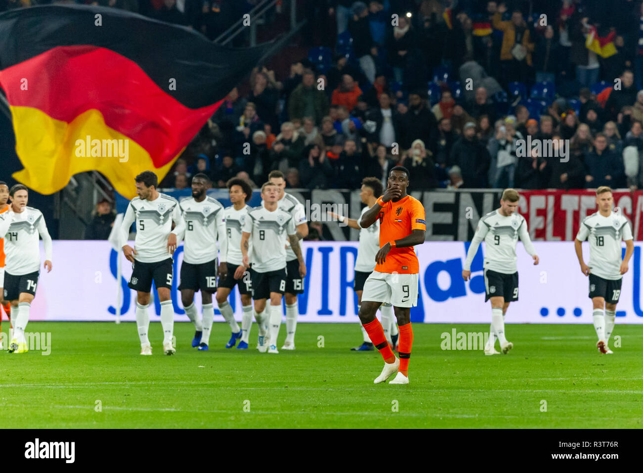 Gelsenkirchen, Germany 18 November 2018 UEFA Nations League Germany - The Netherlands    L-R Quyincy Promes (Netherlands) - Stock Image