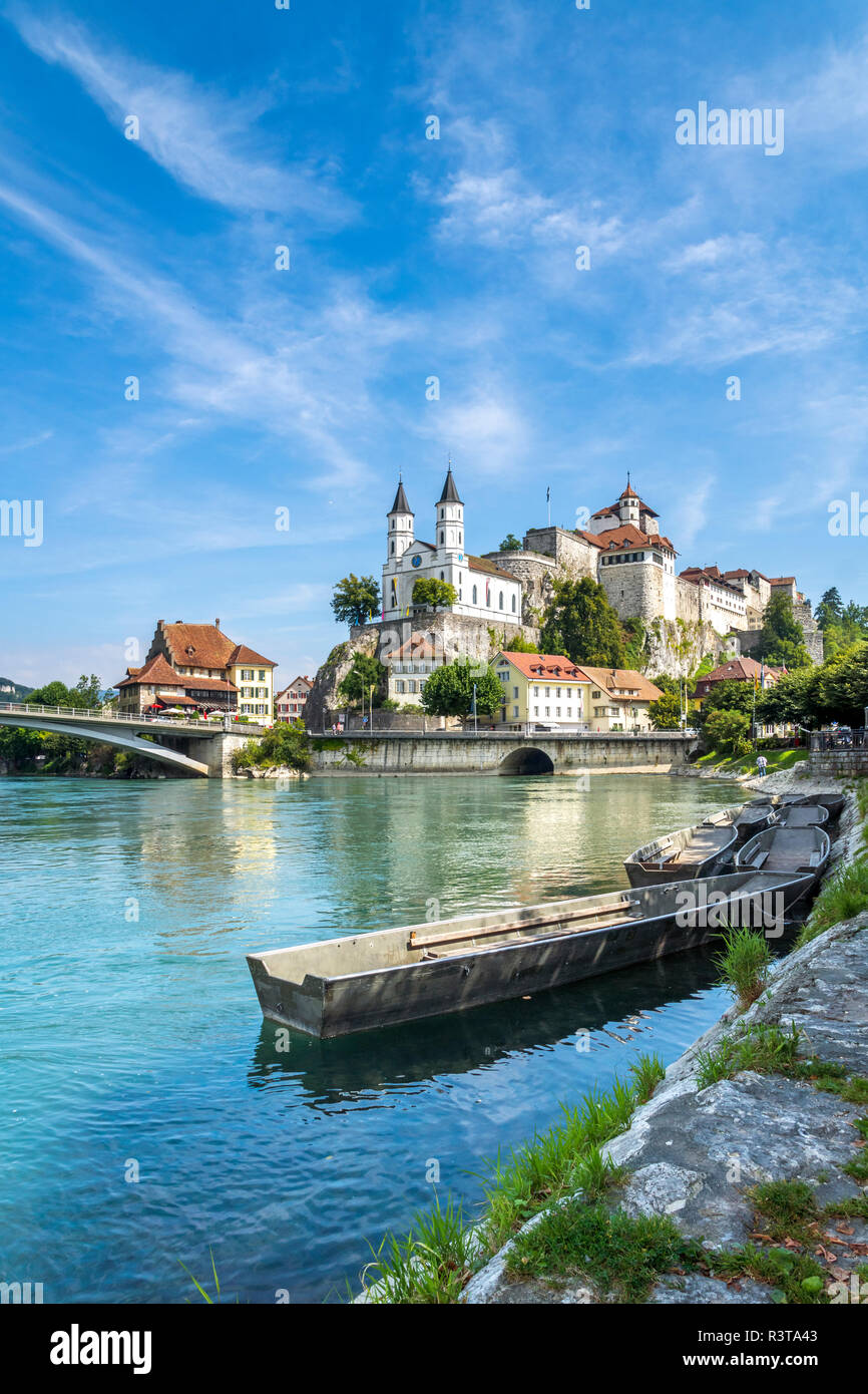 Switzerland, Aargau, Aarburg, Church and castle in front of Aare - Stock Image