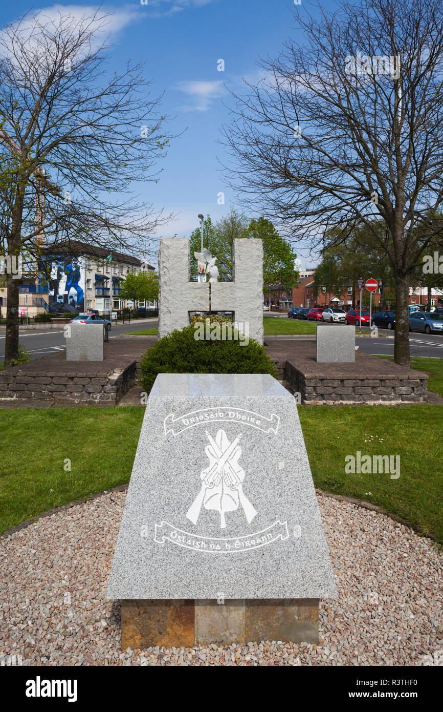 UK, Northern Ireland, County Londonderry, Derry, Bogside area, Bloody Sunday Memorial to mass shooting of Republican protestors in 1972 - Stock Image