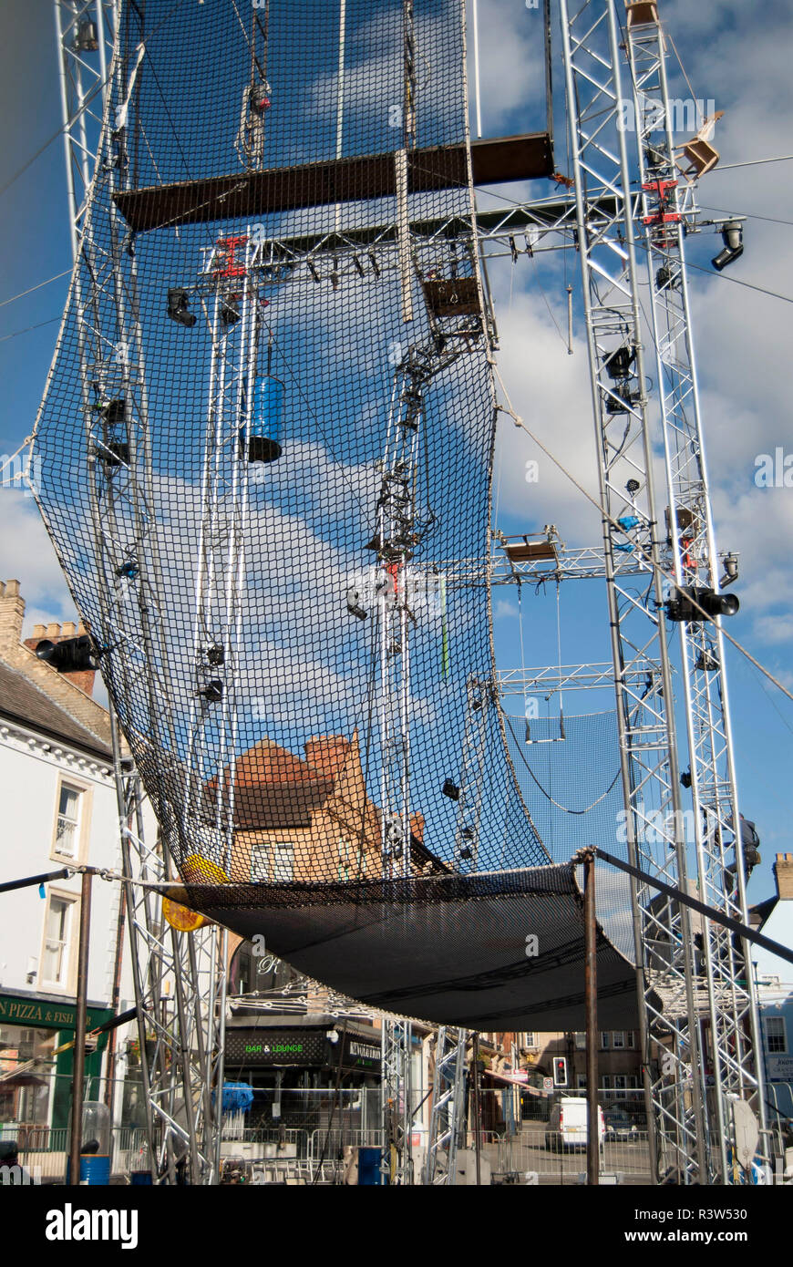 Grantham/England-Sptember 28, 2018.Trapeze artists structure for the Gravity Fields 2018 event at Market place-Grantham - Stock Image
