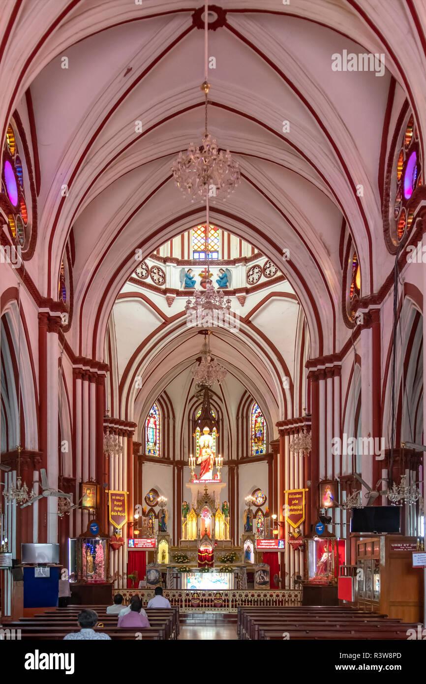 Nave of Basilica of the Sacred Heart of Jesus, Pondicherry, Tamil Nadu, India - Stock Image