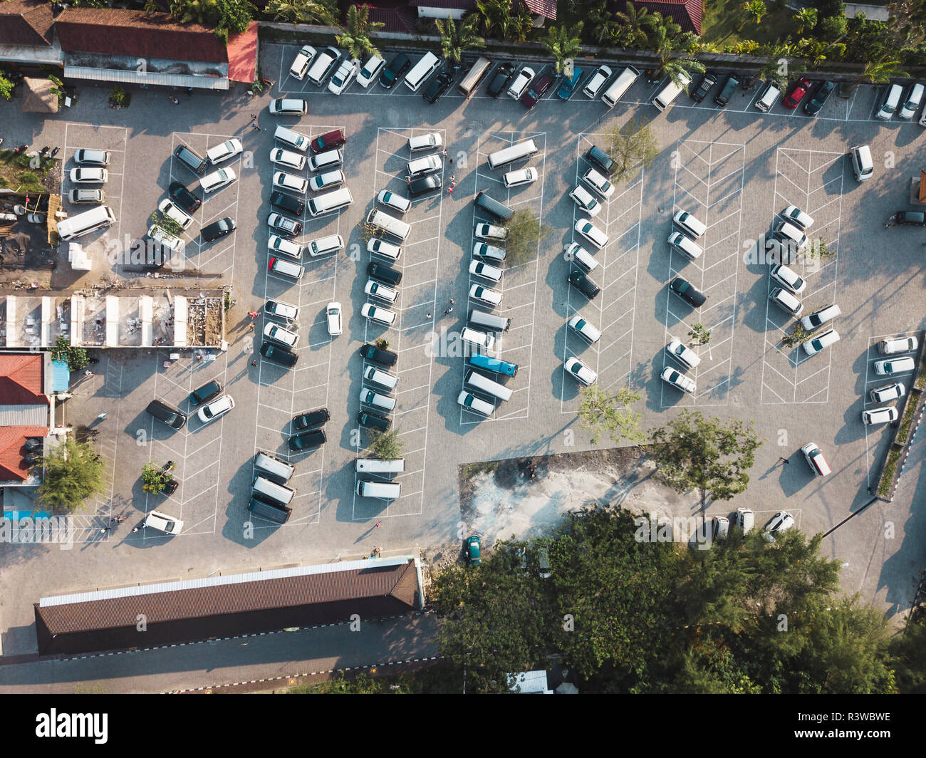 Indonesia, Bali, Aerial view of Car parking near Tanah Lot-temple - Stock Image