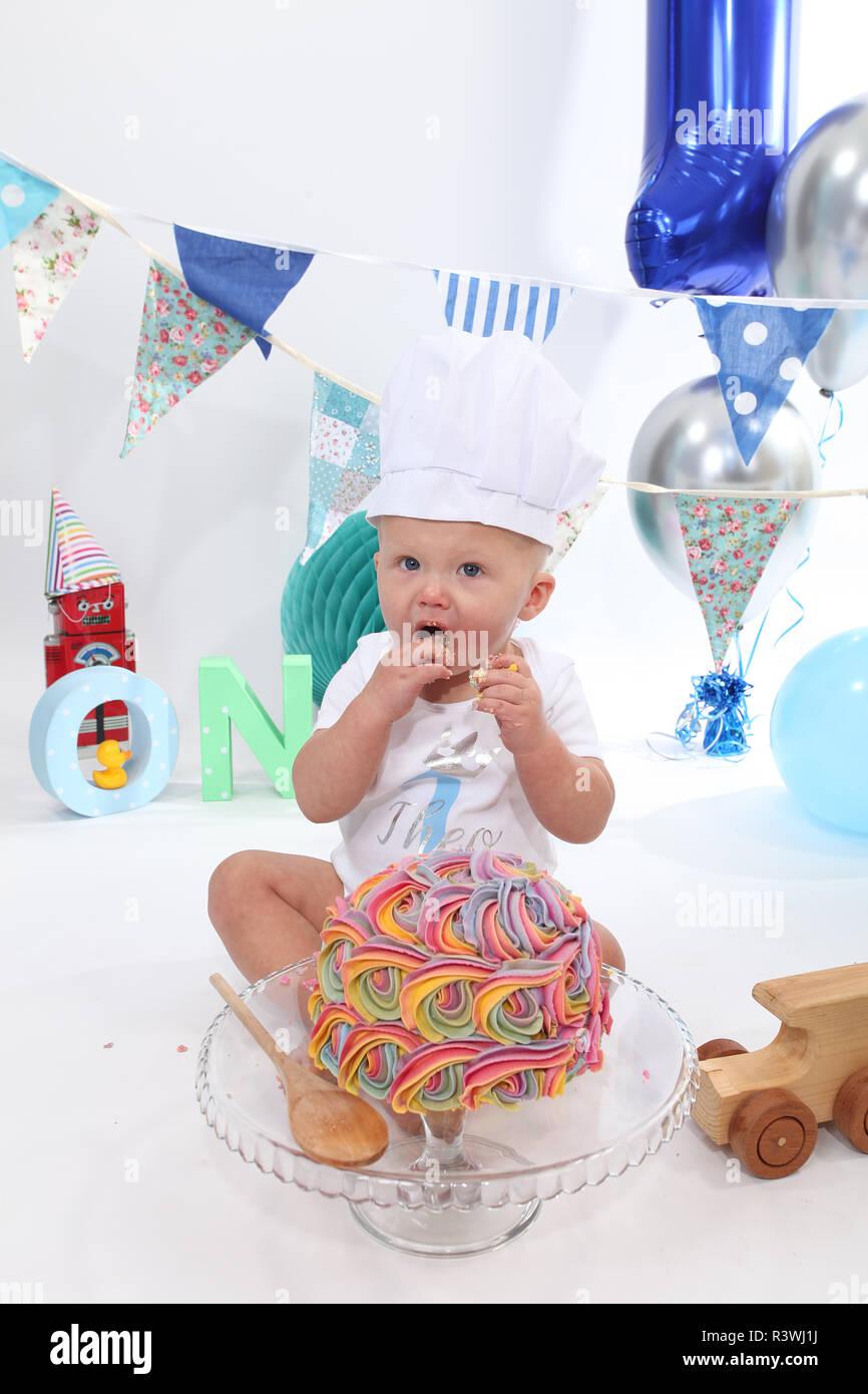 1 Year Old Toddler Cake Smash Birthday