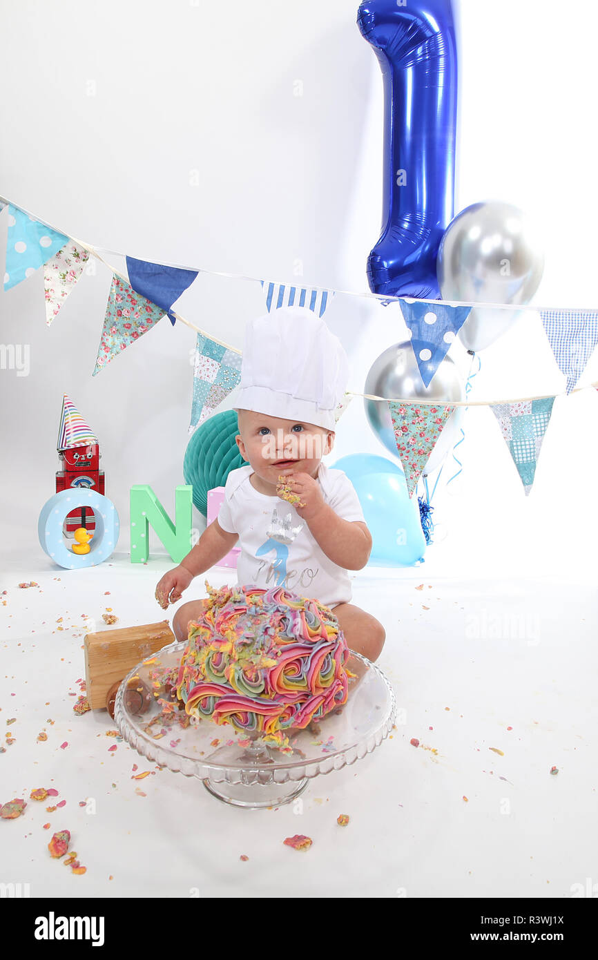 1 Year Old Toddler Cake Smash Birthday