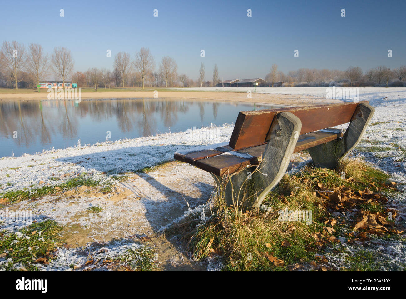 A summer swimming lake in wintertime. Auesee in Wesel, Germany - Stock Image