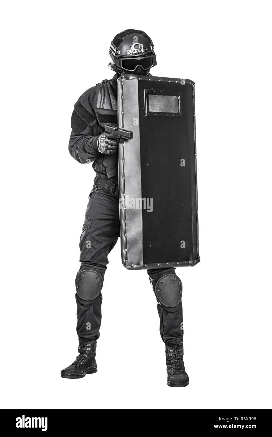 swat officer with ballistic shield stock photo 226167794 alamy